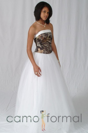 10 Camo Wedding Dresses You\'ll Absolutely Love | Page 2 - Top10Zen