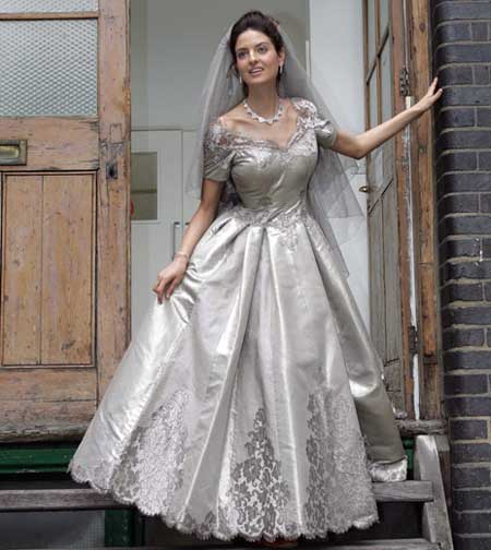 10 Most Expensive Wedding Dresses In The World Page 2